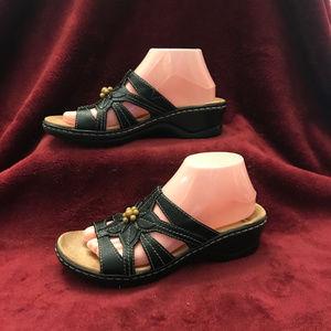 Clarks Black Floral Beaded Slip On Sandal, 8.5N